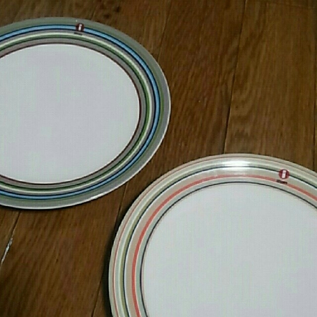 iittala(イッタラ)のイッタラ オリゴ 2枚セット インテリア/住まい/日用品のキッチン/食器(食器)の商品写真