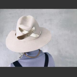 アメリヴィンテージ(Ameri VINTAGE)のMAISON COULEUR×AMERI CROSS RIBBON HAT(ハット)