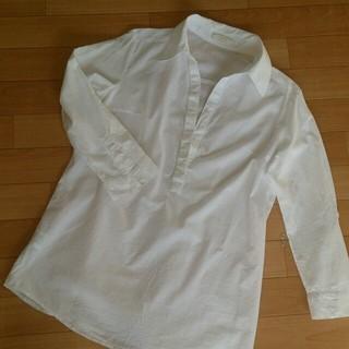 エニィスィス(anySiS)の白シャツ(Tシャツ(長袖/七分))