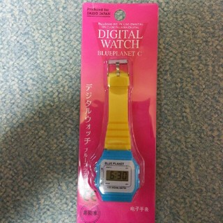 【未使用品】デジタル腕時計(BLUEPLANET)(腕時計(デジタル))