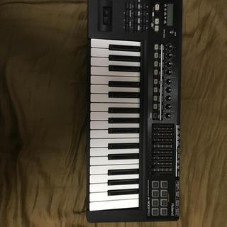 ローランド(Roland)のもちっこ様専用Roland A-300 MIDIキーボード(MIDIコントローラー)