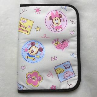 ディズニー(Disney)の【新品】Disney ベビーミッキー&ミニー&フレンズ 母子手帳ケース(母子手帳ケース)