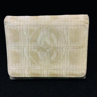 シャネル(CHANEL)のシャネル ニュートラベルライン ベージュナイロン 折財布(財布)