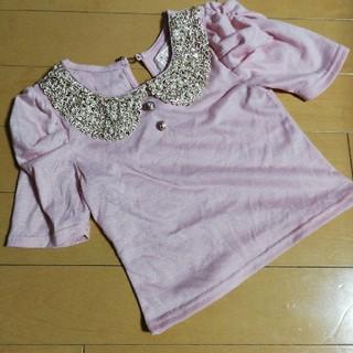 セシルマクビー(CECIL McBEE)の90 セシルマクビーブランド ピンク 襟がゴールドとパール(Tシャツ/カットソー)