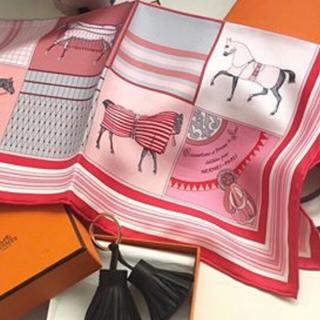 エルメス(Hermes)のチビ様ご専用✨ 新品✨ ★2018年春夏最新スカーフ ガブロッシュ 「新・馬着」(バンダナ/スカーフ)