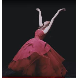 M様専用オーダードレス制作 赤いドレス(ウェディングドレス)