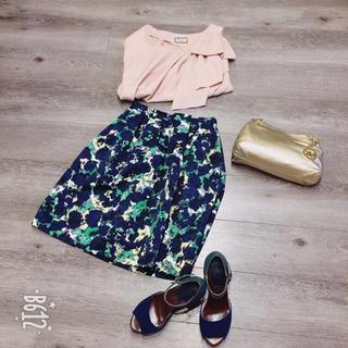 オペーク(OPAQUE)のオペーク フラワープリントスカート(ひざ丈スカート)