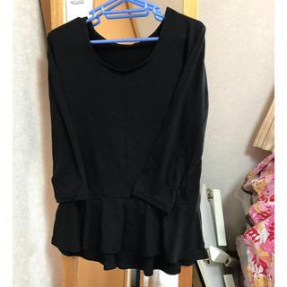 リュリュ(RyuRyu)のロンT 裾フリル 7分袖 黒 Mサイズ(Tシャツ(長袖/七分))