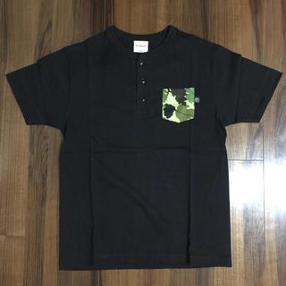 インターフェイス(INTERFACE)の新品✨INTERFACE ヘンリーネック リーフカモポケットTシャツ M(Tシャツ/カットソー(半袖/袖なし))