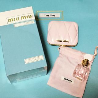 ミュウミュウ(miumiu)のmiumiu♡ミラー,ミニボトル付き(香水(女性用))