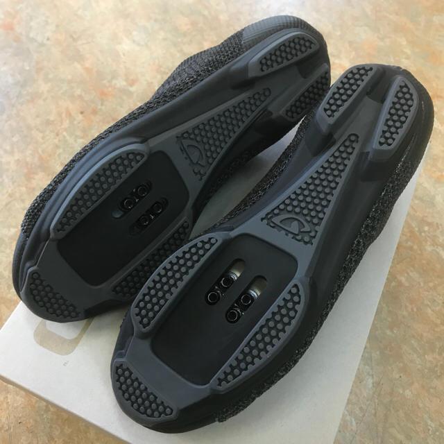 サイクリングSPDシューズ【GIRO リパブリックRニット ブラック】40サイズ スポーツ/アウトドアの自転車(ウエア)の商品写真