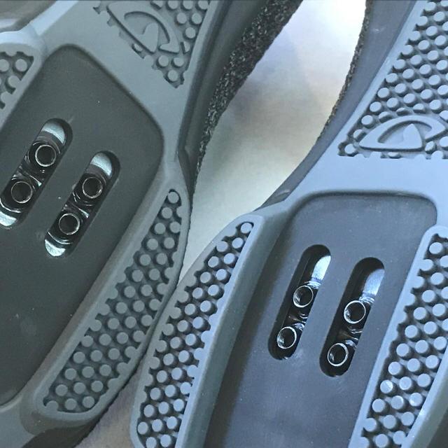 サイクリングSPDシューズ【GIRO リパブリックRニット ブラック】41サイズ スポーツ/アウトドアの自転車(ウエア)の商品写真