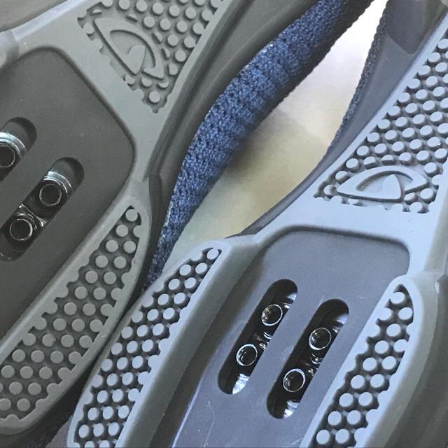 サイクリングSPDシューズ【GIRO リパブリックRニット ブルー】39サイズ スポーツ/アウトドアの自転車(ウエア)の商品写真