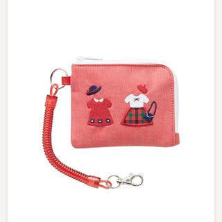 ファミリア(familiar)の《新品・タグ付き・完売品》ファミリア familiar パスケース お財布にも♡(財布)