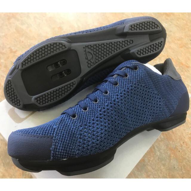サイクリングSPDシューズ【GIRO リパブリックRニット ブルー】41サイズ スポーツ/アウトドアの自転車(ウエア)の商品写真