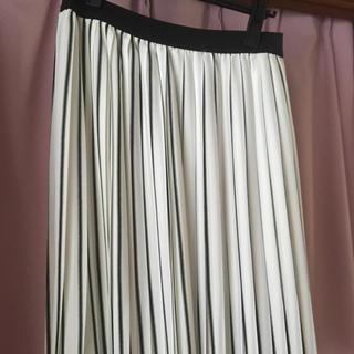 ヴィス(ViS)のVIS プリーツスカート(ひざ丈スカート)