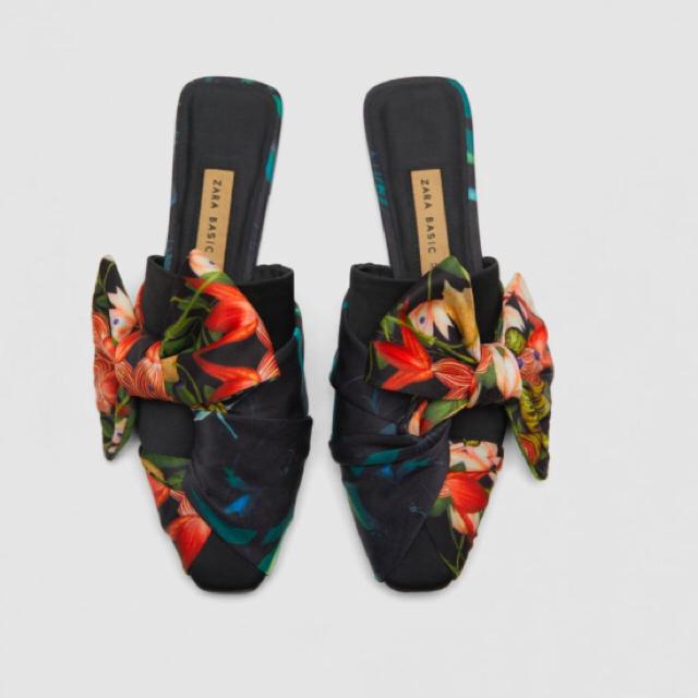 ZARA(ザラ)のZARAフローラルプリントミュール レディースの靴/シューズ(ハイヒール/パンプス)の商品写真