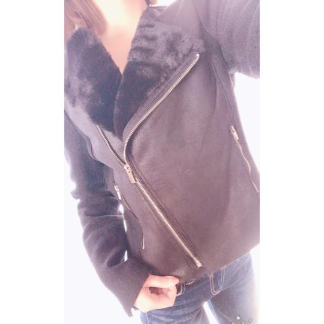 ZARA(ザラ)のZARA ムートンコート 💛限定値下げ💛 レディースのジャケット/アウター(ムートンコート)の商品写真