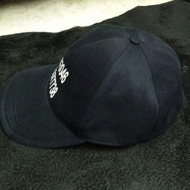 ZARA(ザラ)のZARA MANスナップバックキャップ ロンハーマンyeezyエルビラ メンズの帽子(その他)の商品写真