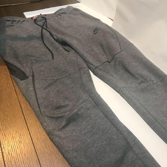 NIKE(ナイキ)のNIKE TECH FLEECE PANTS グレー XL SLIM FIT メンズのパンツ(その他)の商品写真