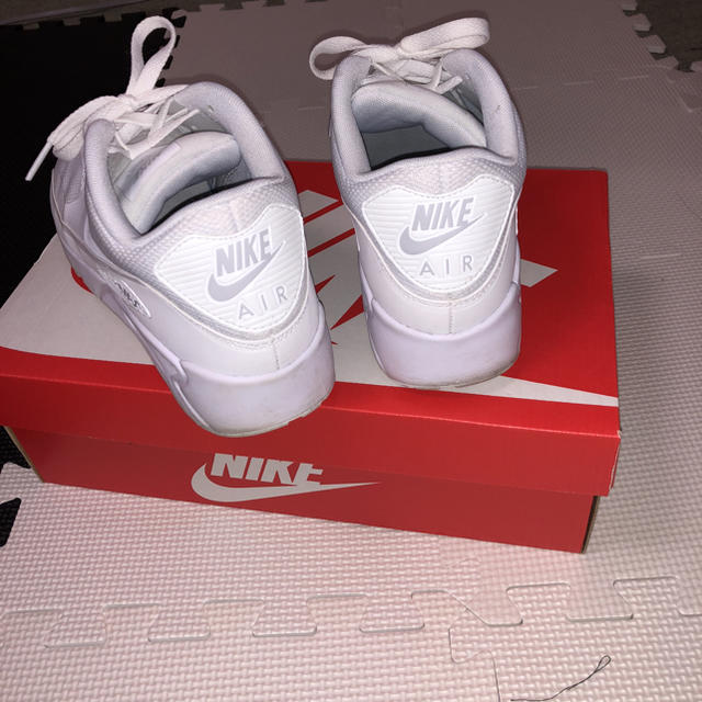 NIKE(ナイキ)の美品 エアマックス ホワイト メンズの靴/シューズ(スニーカー)の商品写真