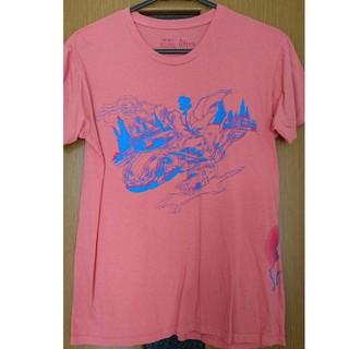アルトラバイオレンス(ultra-violence)のジョジョ×ultra-violence ピンクダークボーイ Tシャツ(Tシャツ/カットソー(半袖/袖なし))