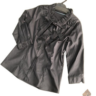 ギャラリービスコンティ(GALLERY VISCONTI)の新品 フリルとリボンの7部袖ブラウス ブラック サイズ2 ギャラリービスコンティ(シャツ/ブラウス(長袖/七分))