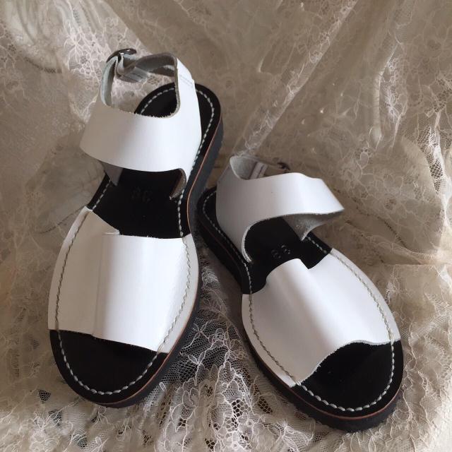 期間限定価格☆楽ちん本革オーダーメイドサンダル☆甲高や幅広オススメです☆ レディースの靴/シューズ(サンダル)の商品写真