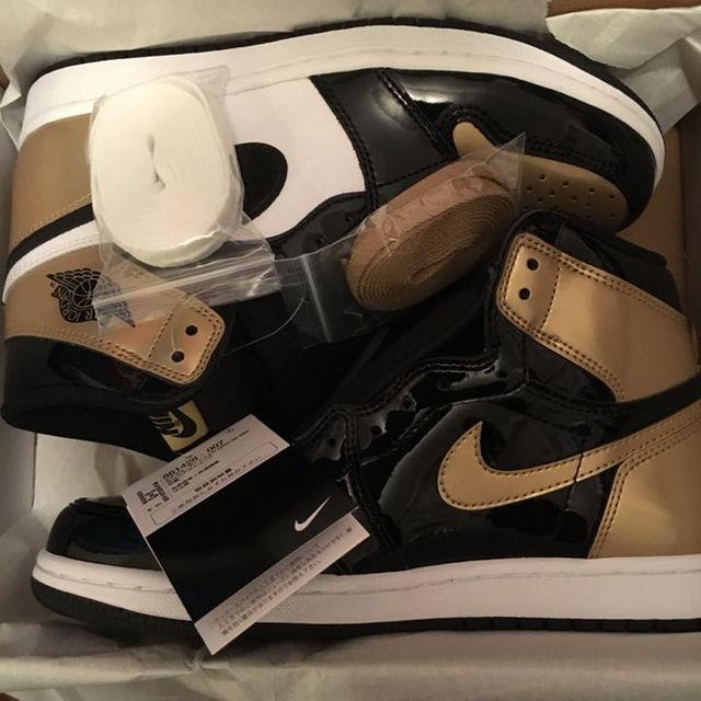 NIKE(ナイキ)の260 Air Jordan 1 gold toe メンズの靴/シューズ(スニーカー)の商品写真