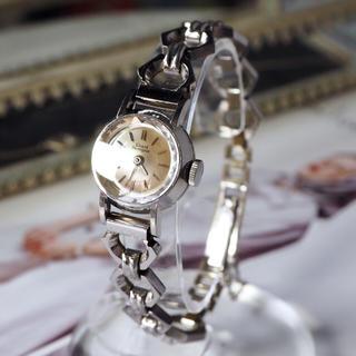 ジラールペルゴ(GIRARD-PERREGAUX)の美品✨ジラールペルゴ カットガラス 新品ベルト付✨(腕時計)