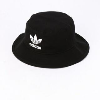 アディダス(adidas)のアディダス バケットハット(帽子)