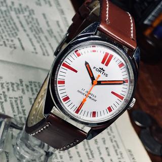 フォルティス(FORTIS)の80's Vint. FORTIS 手巻き時計 OH済 ホワイト/赤インデックス(腕時計(アナログ))