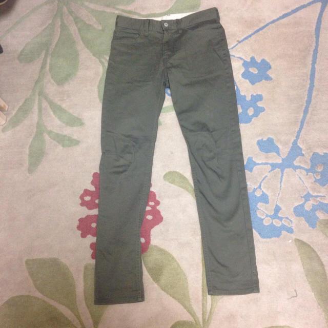 ikka(イッカ)の3月16日まで ikka スリムカラーパンツ メンズのパンツ(その他)の商品写真