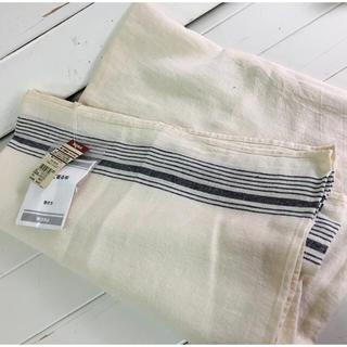 ムジルシリョウヒン(MUJI (無印良品))の【無印良品】巻いて着る布  フリーサイズ  新品未使用(マフラー/ショール)