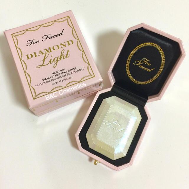 Too Faced(トゥフェイス)のトゥーフェイス Too Faced ダイヤモンドハイライティング 箱付き コスメ/美容のベースメイク/化粧品(フェイスパウダー)の商品写真