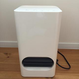 プラスマイナスゼロ(±0)のプラスマイナス0 加湿器付きヒーター(電気ヒーター)