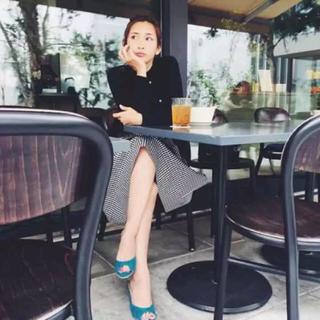 ドロシーズ(DRWCYS)の紗栄子ちゃん着用 ギンガムチェックスカートとザラ 花柄ワンピース2点セット(セット/コーデ)