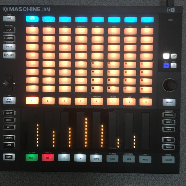 Maschine jam 楽器のDTM/DAW(MIDIコントローラー)の商品写真