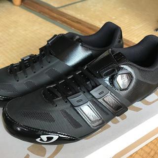 ジロ(GIRO)の◆新品◆GIRO TECHLACE ブラック EU42.5 27cm(ウエア)