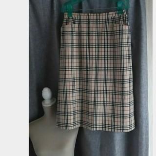 バーバリー(BURBERRY)の未使用品級 Burberry London ノヴァチェック カジュアルスカート (ひざ丈スカート)