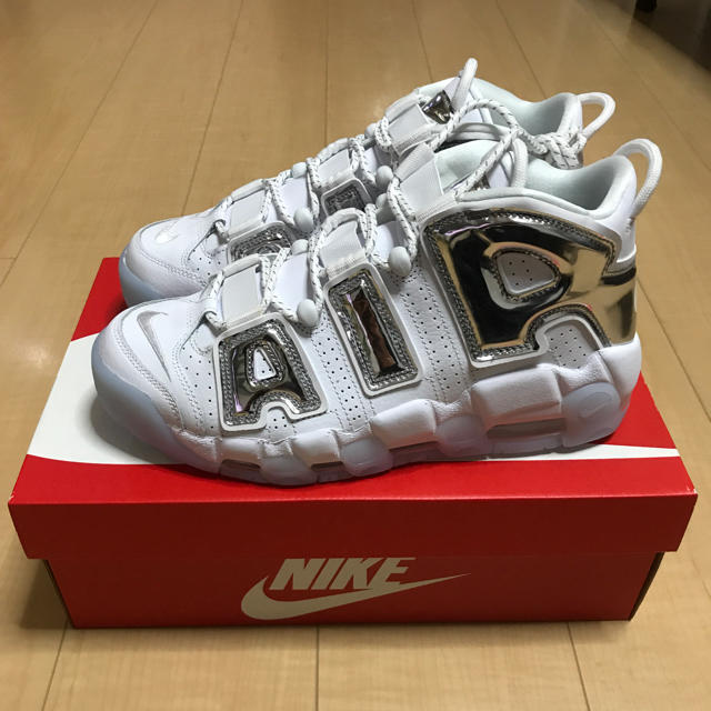 NIKE AIR MORE UPTEMPO モアテン シルバー