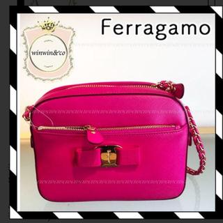 サルヴァトーレフェラガモ(Salvatore Ferragamo)のフェラガモ ショルダーバッグ(ショルダーバッグ)