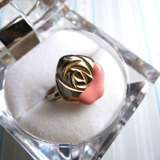 フェリシモ(FELISSIMO)の不思議の国のアリス ペンキを塗ったようなバラのリング フェリシモ NUSY(リング(指輪))