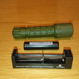 シュアファイア(SUREFIRE)のシュアファイヤー充電器付(ライト/ランタン)