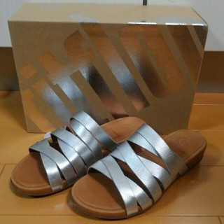 fitflop - 新品 フィットフロップ FITFLOP LUMIY LEATHER SLIDE の通販 by あん s shop|フィット ... 6217c4e819