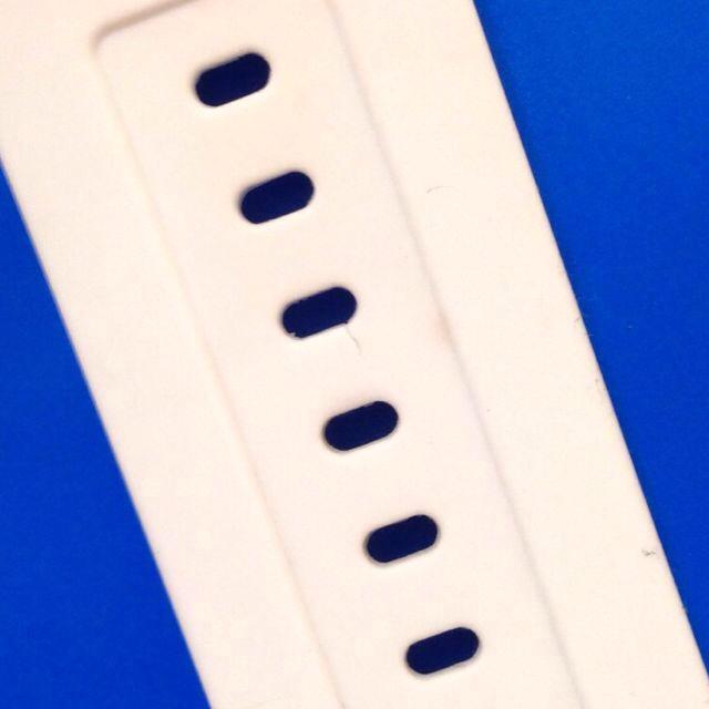 adidas(アディダス)のadidas 腕時計 白 レディースのファッション小物(腕時計)の商品写真