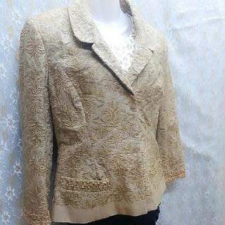 アルベルタフェレッティ(ALBERTA FERRETTI)のフェレッティ 刺繍ジャケットタグ付き(テーラードジャケット)