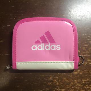 アディダス(adidas)のadidasピンク色 ♡二つ折り財布 中古美品(財布)