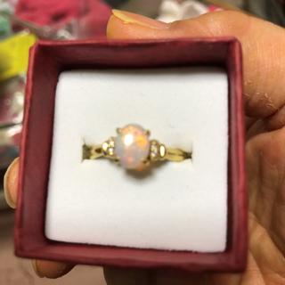 遊色の綺麗なオパールリング(リング(指輪))