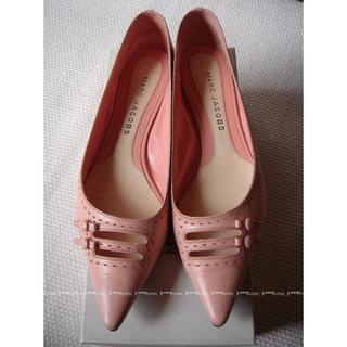 マークジェイコブス(MARC JACOBS)のマークジェイコブス ピンク フラットシューズ(ローファー/革靴)